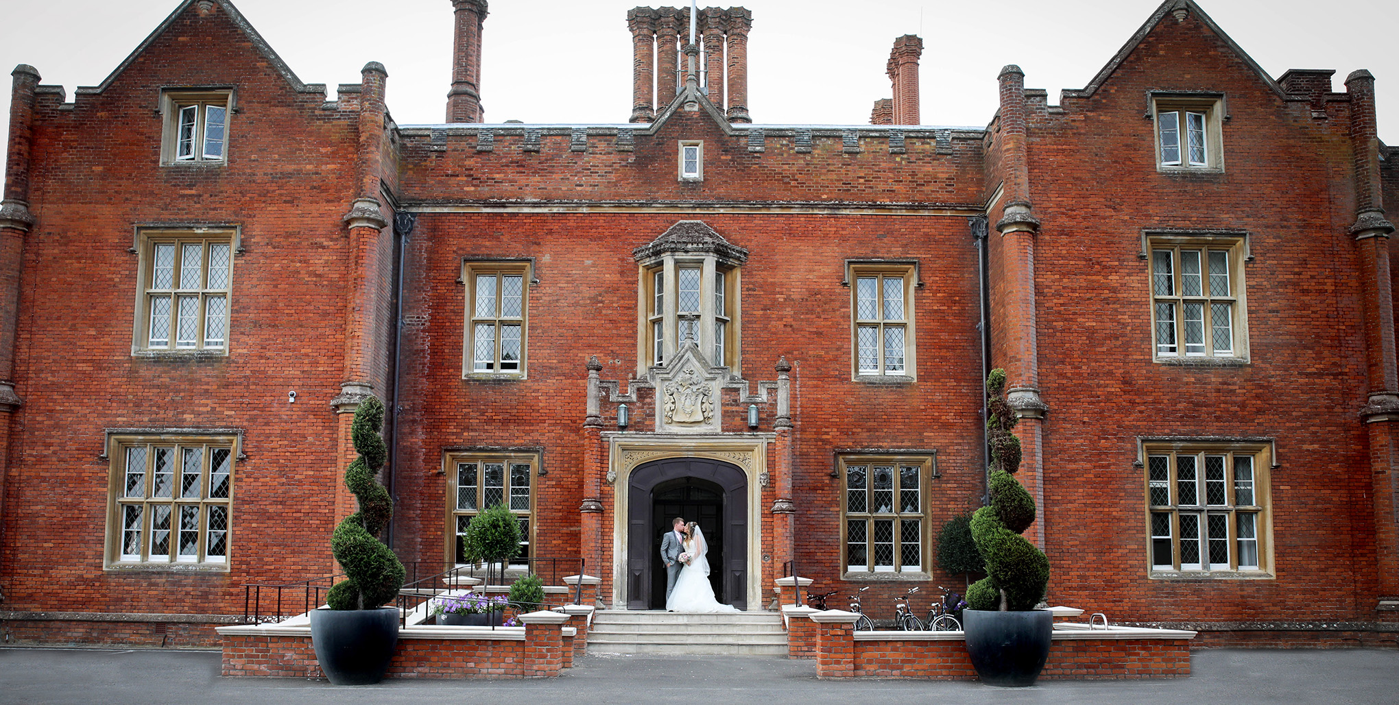 ArtbyClaire Wedding Photographer at Latimer House
