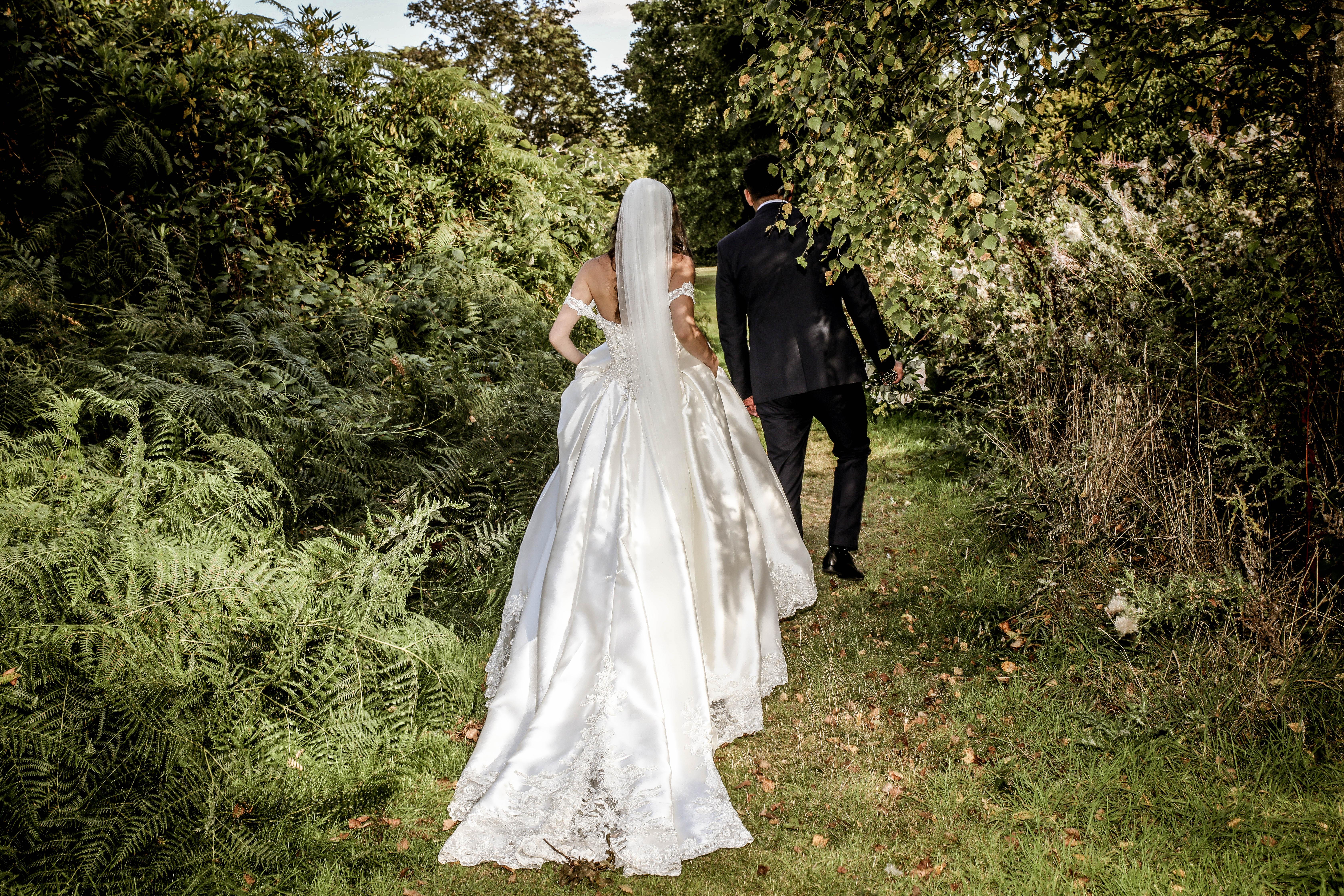 ArtbyClaire Wedding Photography at Shendish Manor Wedding Fair sunday 5th January 2020